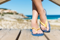 Wearing Flip Flops May Lead To Foot Pain
